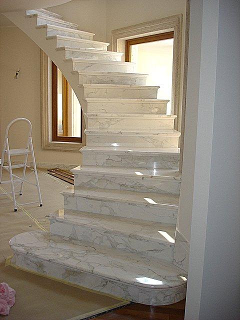 Realizzazioni interne carangi marmi - Scale moderne in marmo ...